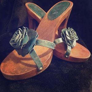 Wooden Heels Mia